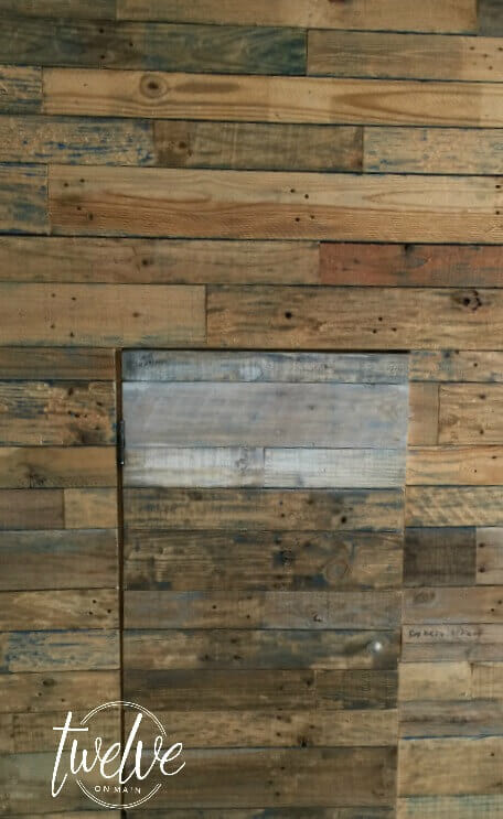 White Washed Pallet wall