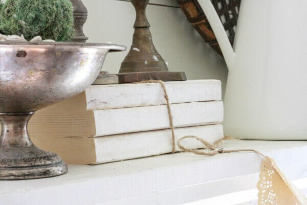 Try making some of this farmhouse style book decor for your home! Its so easy and only takes minutes to create
