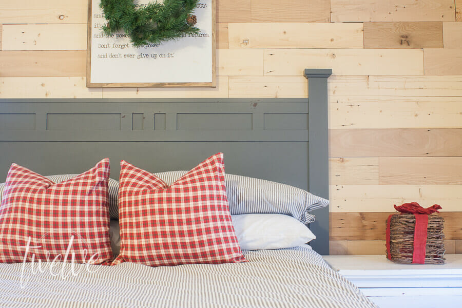 Simple Tips for a Cozy Christmas Bedroom