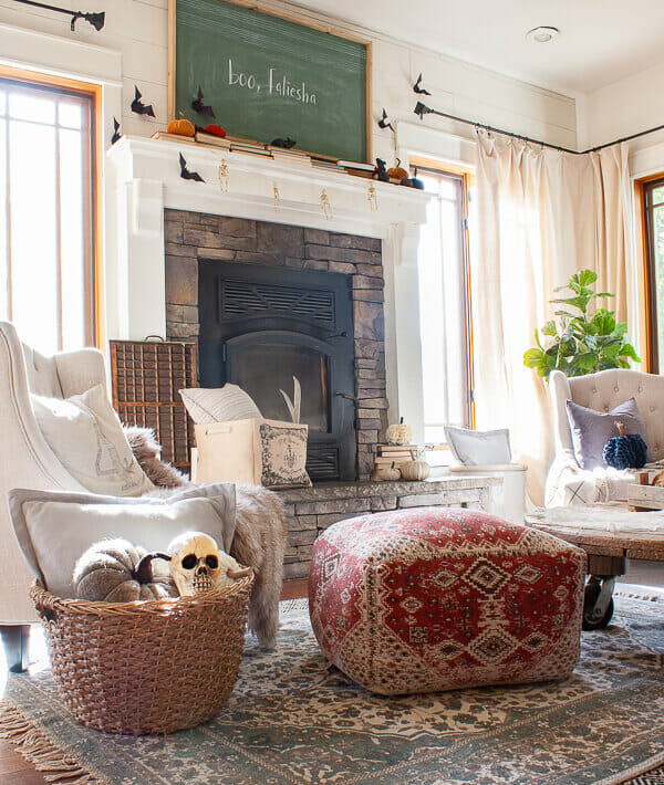 Check out this amazing Halloween home tour and get so much inspiration!
