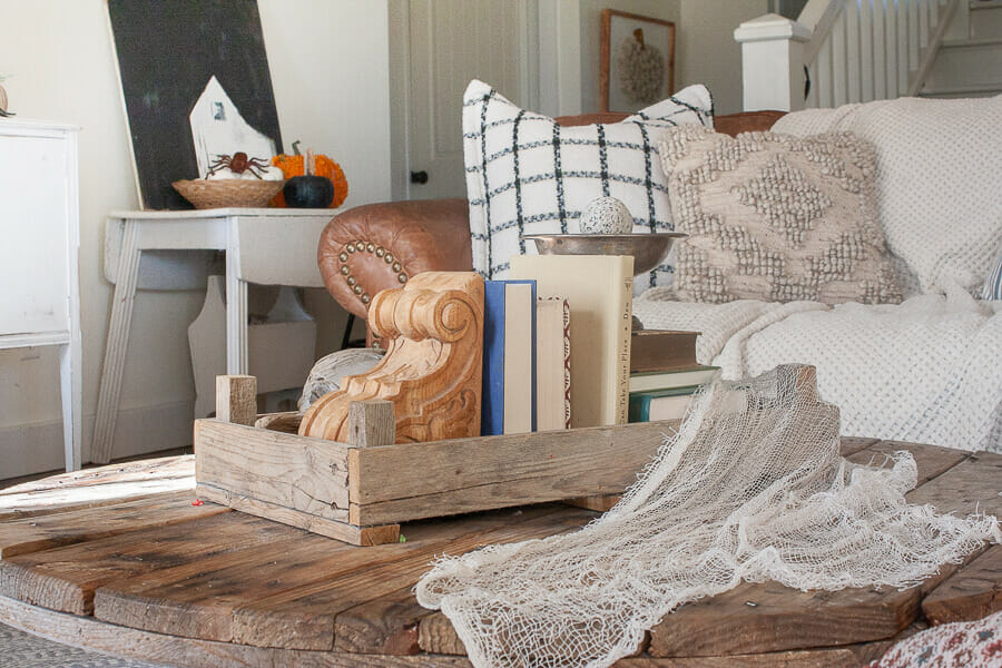 Halloween home decor with oodles of texture and style!