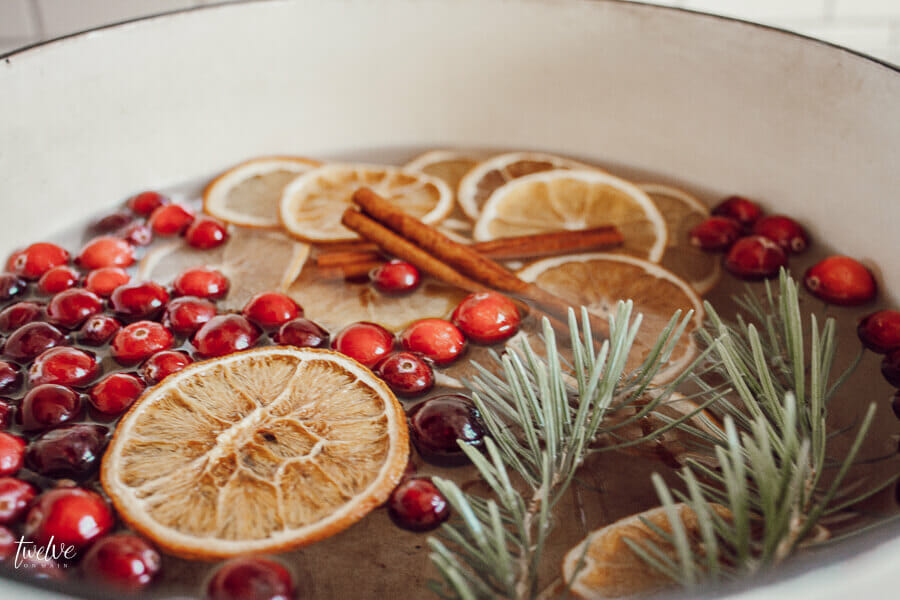 Sweeten your home with this easy Christmas stovepot potpourri!