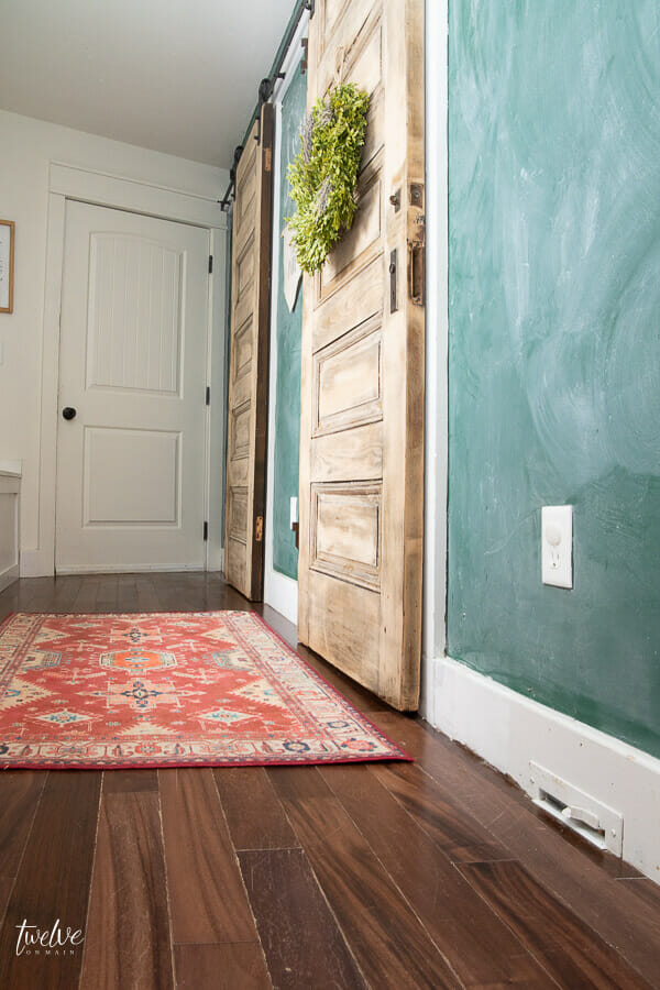 How to create a clean and organized mudroom with oodles of charm
