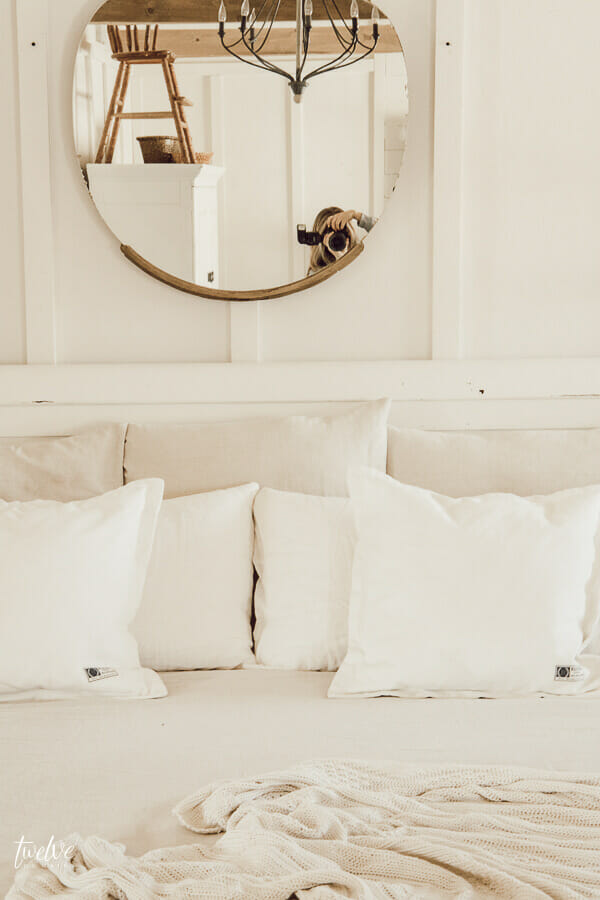 15 dollar farmhouse style bedding hack! You will believe how this inexpensive hack totally changed the loo of my bed!