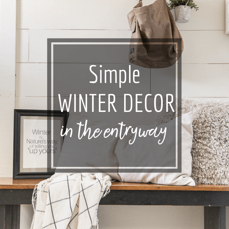 Refreshed Winter Decor in the Entryway