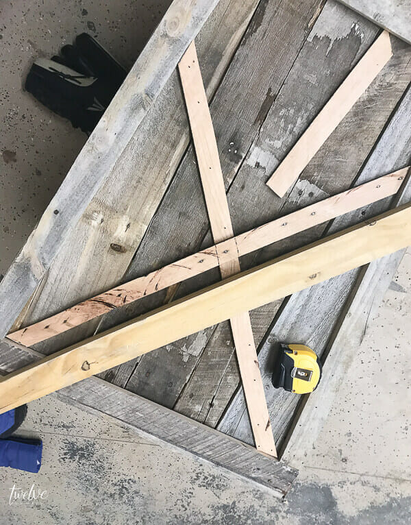 How to make pallet planter boxes!