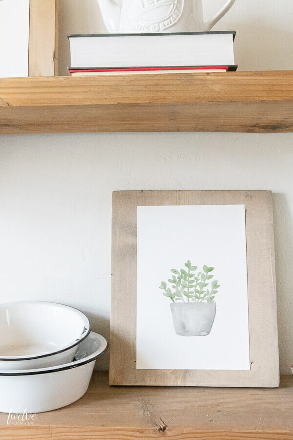 Adorable FREE spring watercolor plant printables available here!