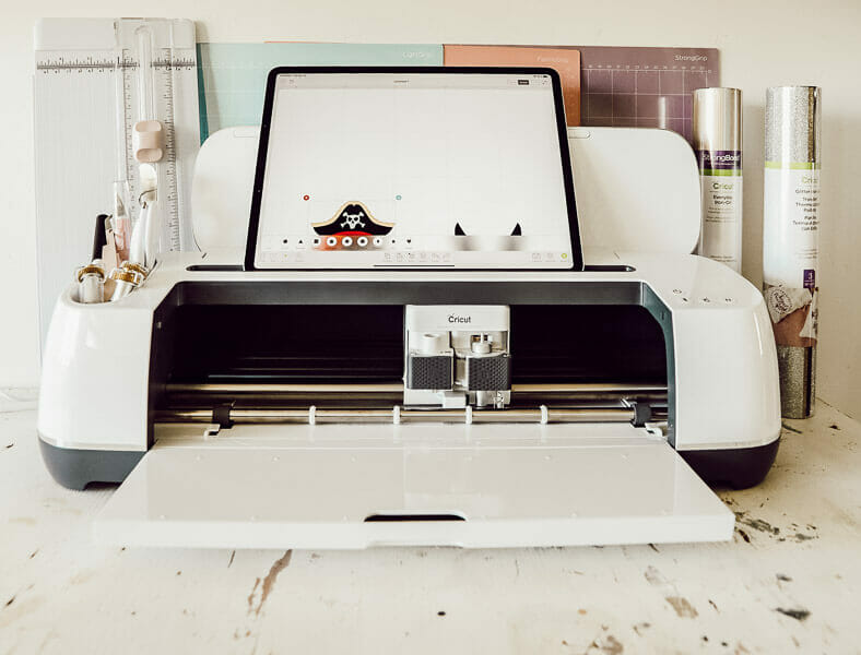 Use your Cricut Maker with your Ipad for convenience and ease of use!