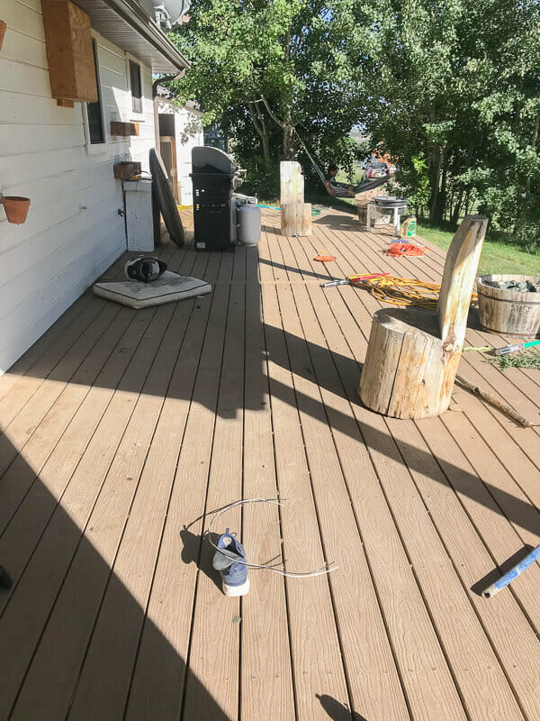 How to clean a patio with an electric power washer
