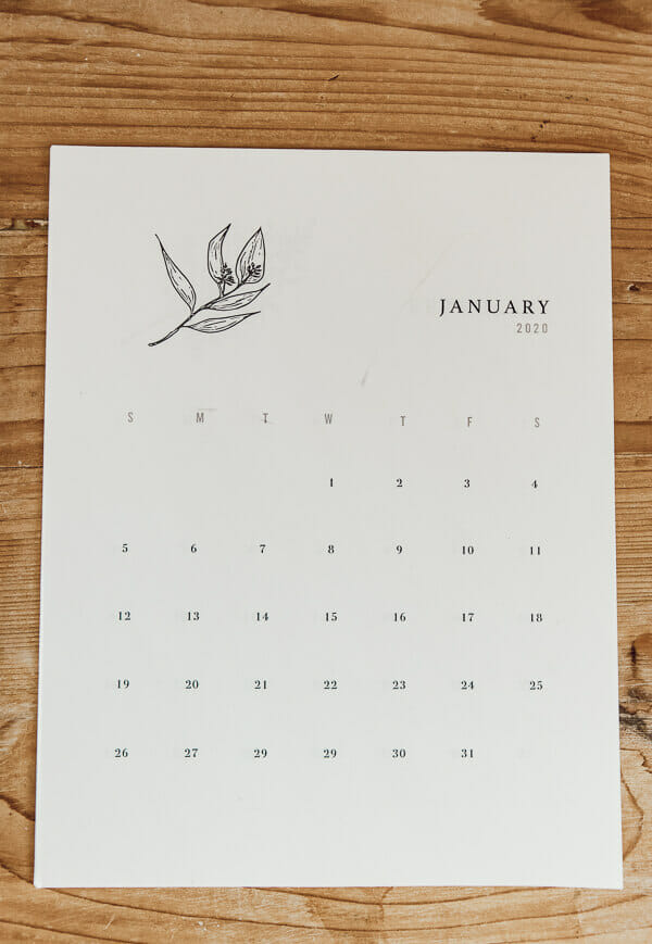 Get your free printable calendars for 2020!  its time, the new year is here, and its time to get organized.