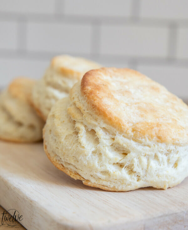 Get this amazing flakey sourdough biscuit recipe right here!