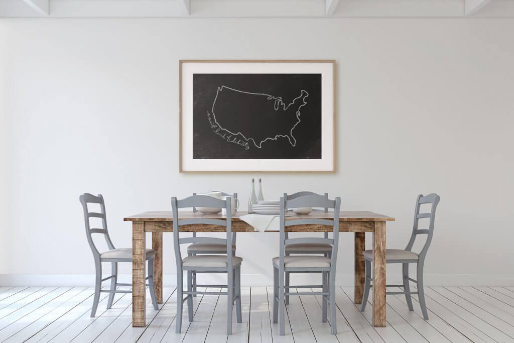 Simple and gorgeous chalkboard style patriotic printables perfect for the 4th of July, or to keep up all year long! These are hand drawn too!