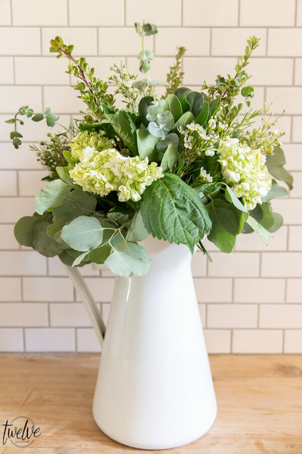 How to make grocery store flowers look expensive and spend hardly any more doing it!